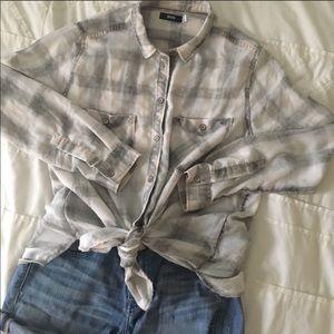 BDG Plaid Flannel Buttondown Shirt